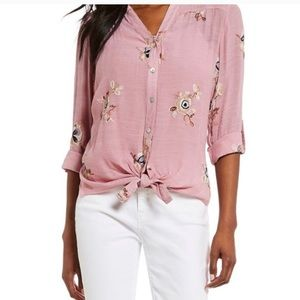 Figueroa & Flower Roxy Floral Embroidered Blouse